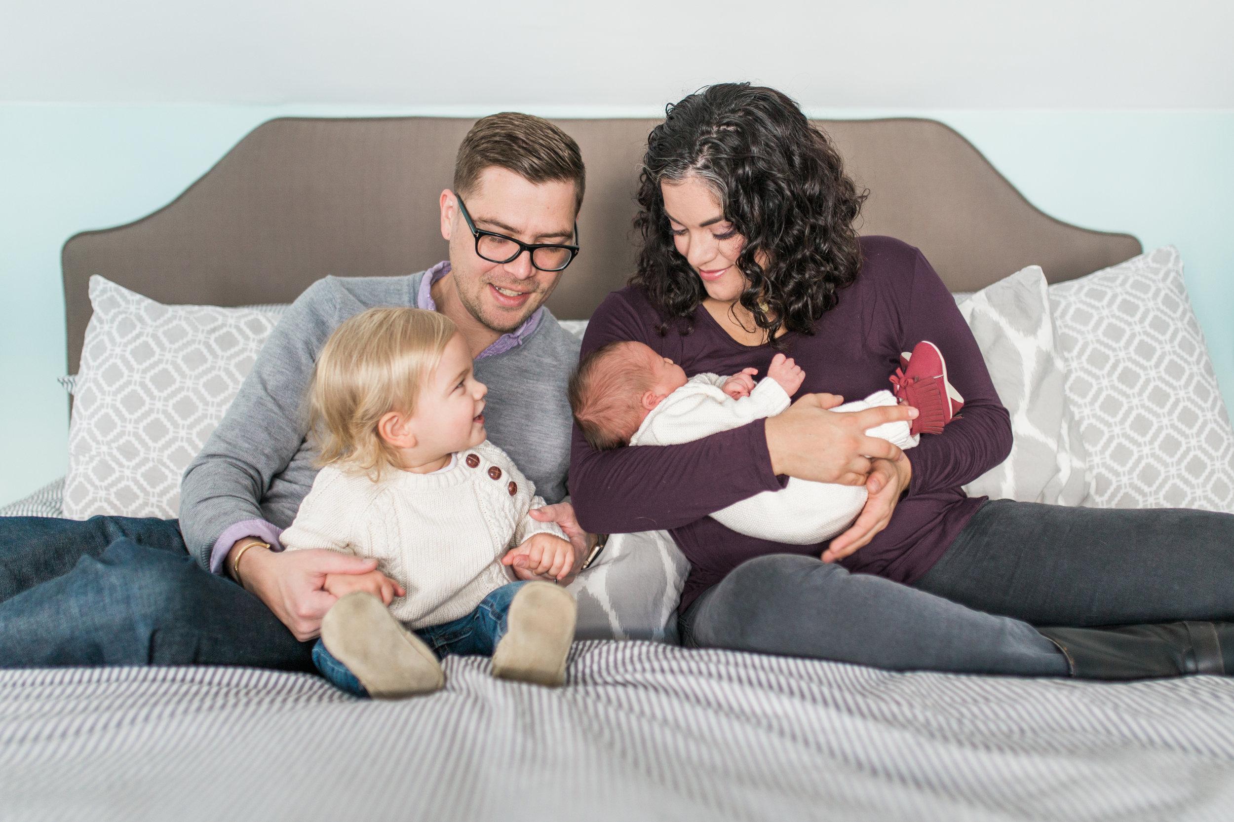 vanessa wyler newborn in home photography pewaukee waukesha