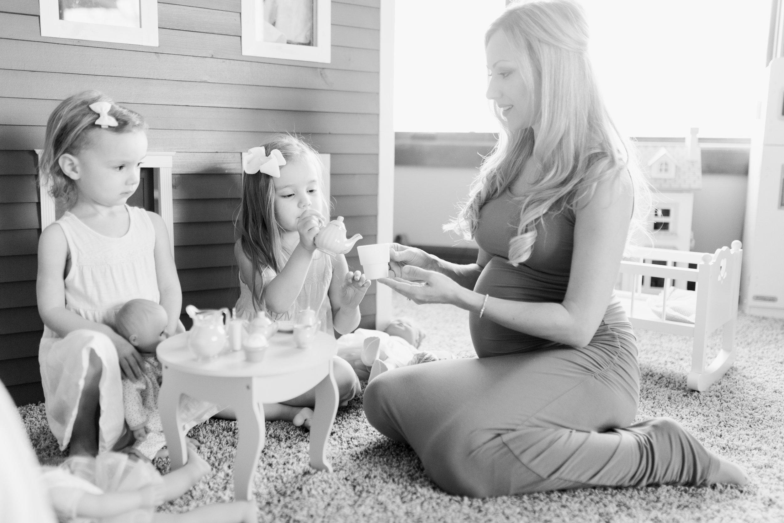 vanessa-wyler-pewaukee-hartland-maternity-photography