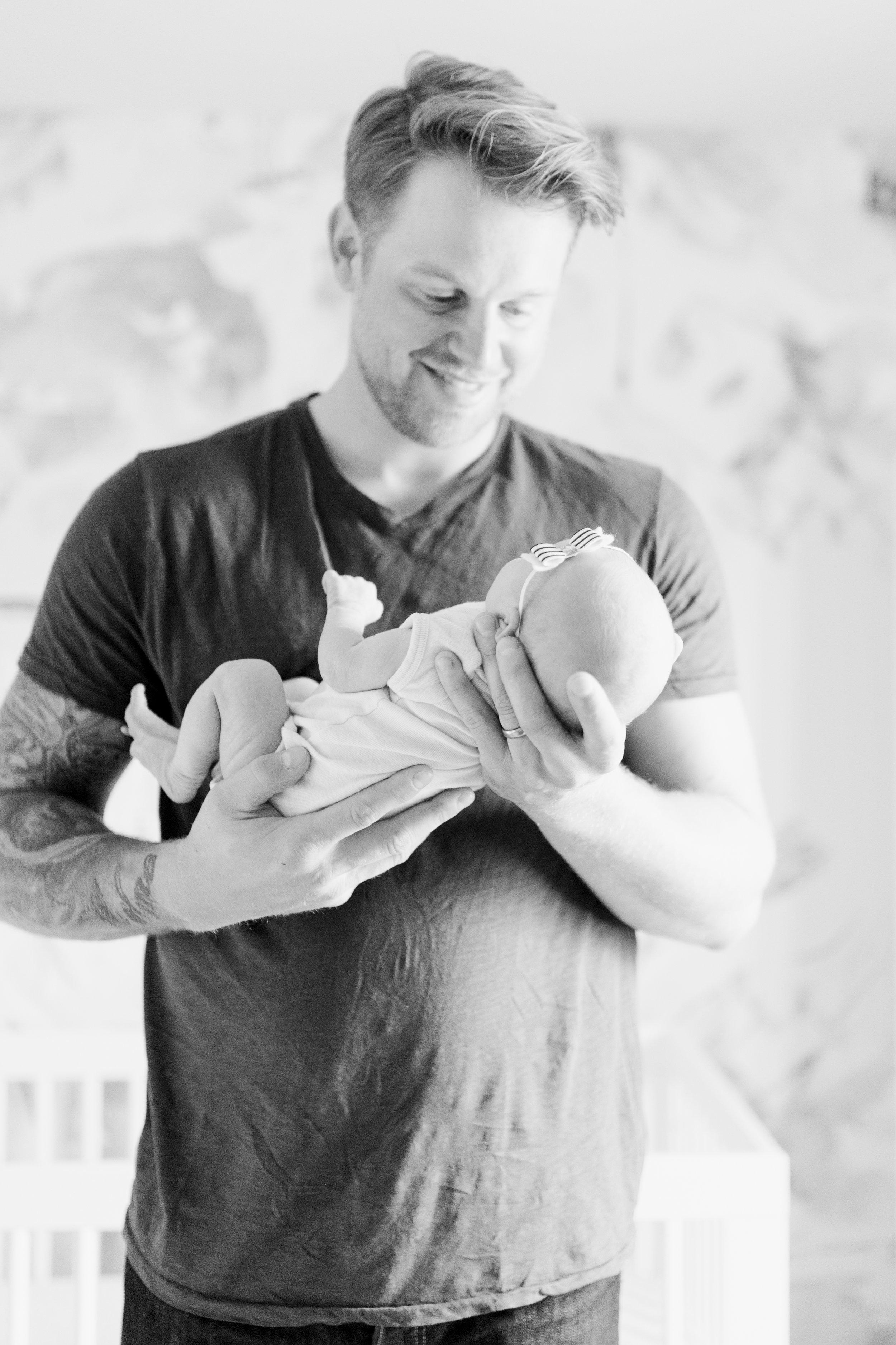 vanessa wyler waukesha newborn photography lifestyle floral nursery wallpaper