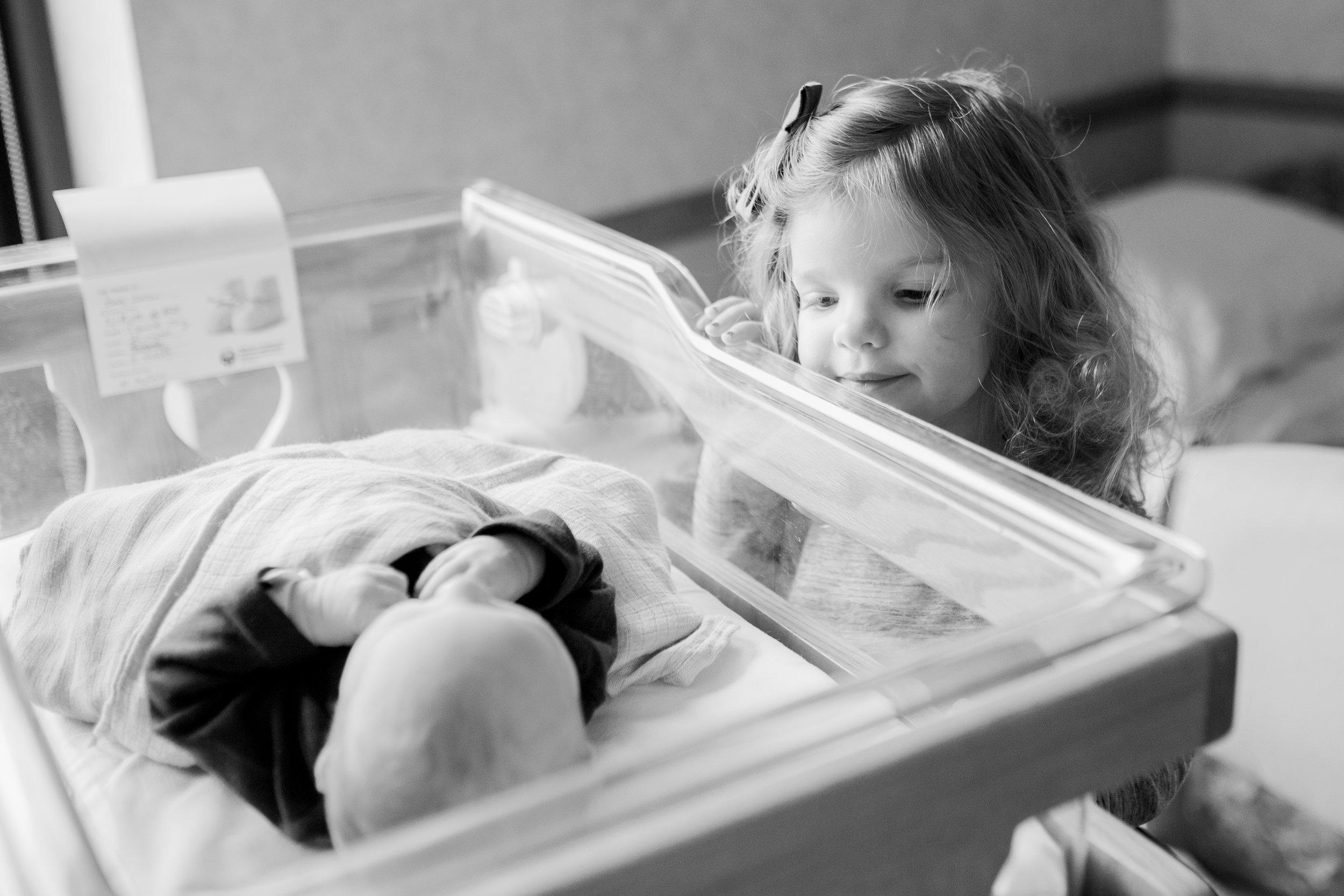 vanessa wyler photography fresh 48 hospital newborn photography brookfield waukesha wisconsin