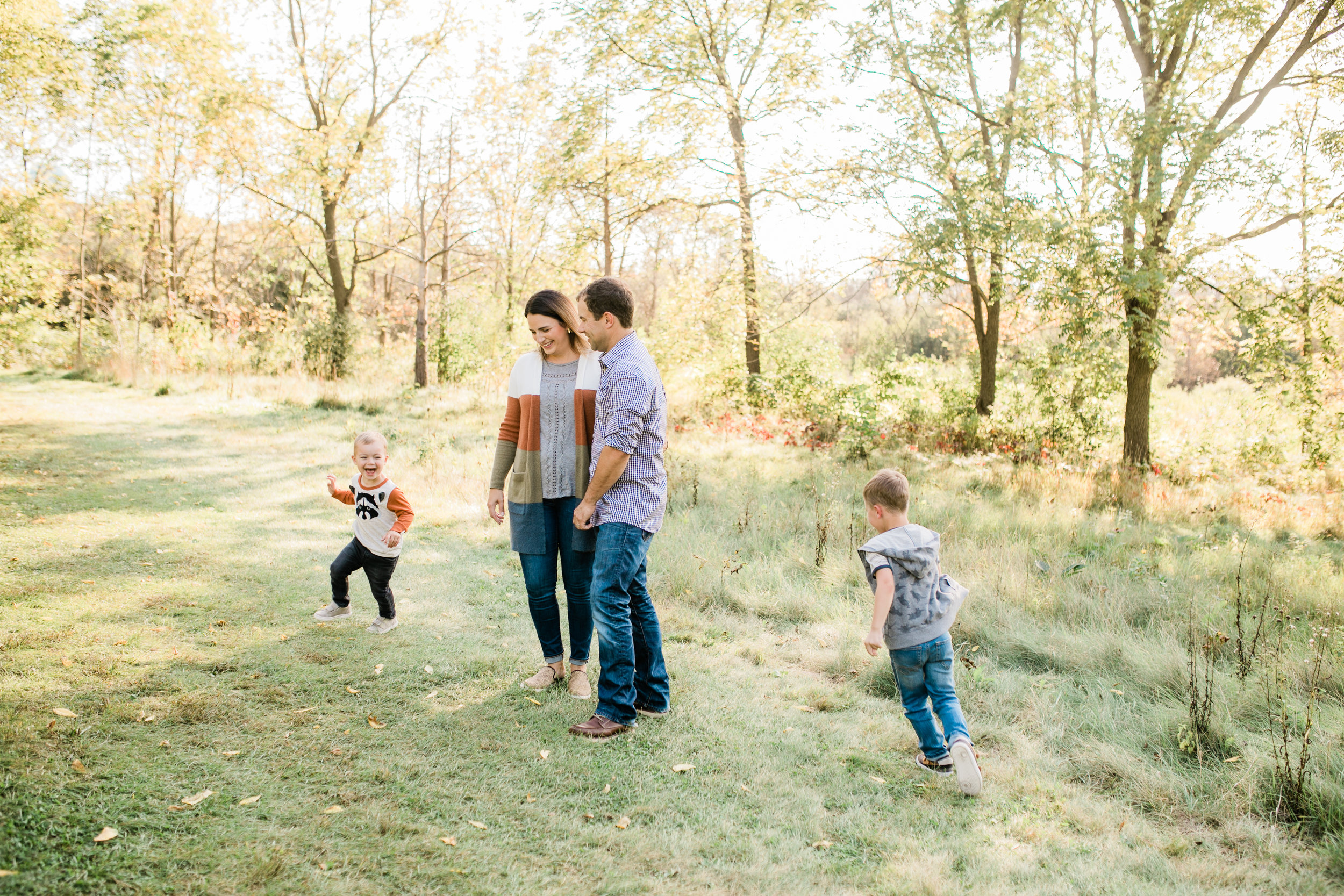 fall family photos waukesha vanessa wyler photography