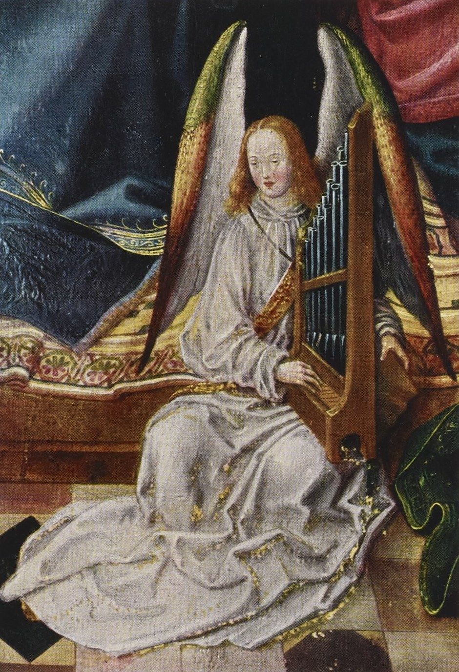 angel with harp.jpg