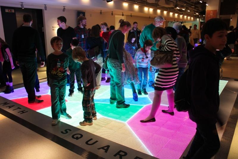 Math Square - Voronoi Game