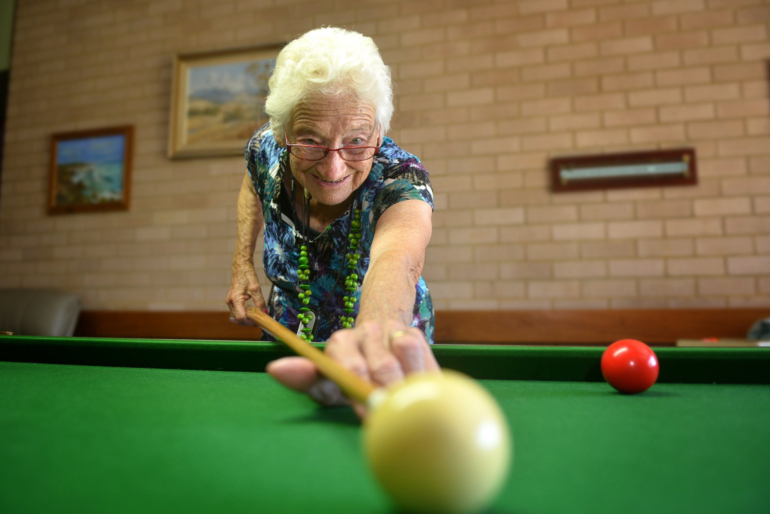 """Billiard"" Betty Smith (87)    Julie Slavin"