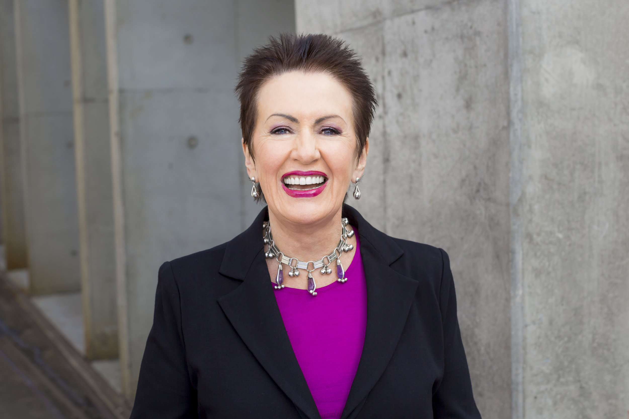INTERVIEW WITH SYDNEY LORD MAYOR CLOVER MOORE - the Australian art curator blog