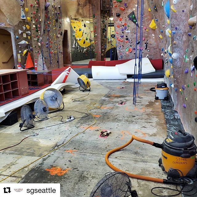 Eeeeep! Plan accordingly  #Repost @sgseattle with @get_repost ・・・ !!Attention Please!! Ropes will be closed today 9/10. The rain storm last night flooded our rope section. It'll be re-open tomorrow.  Please like and share to get the word out.  Thank you,  Stone Gardens