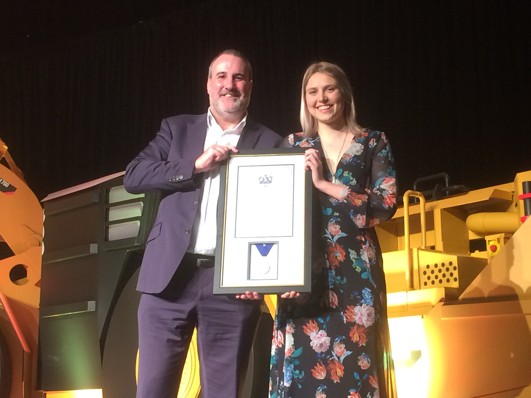 WA School of Mines student Victoria Arrowsmith wins the Ray Finlayson Award, presented by The Perth's Mint's James Ross, major sponsor of the awards.