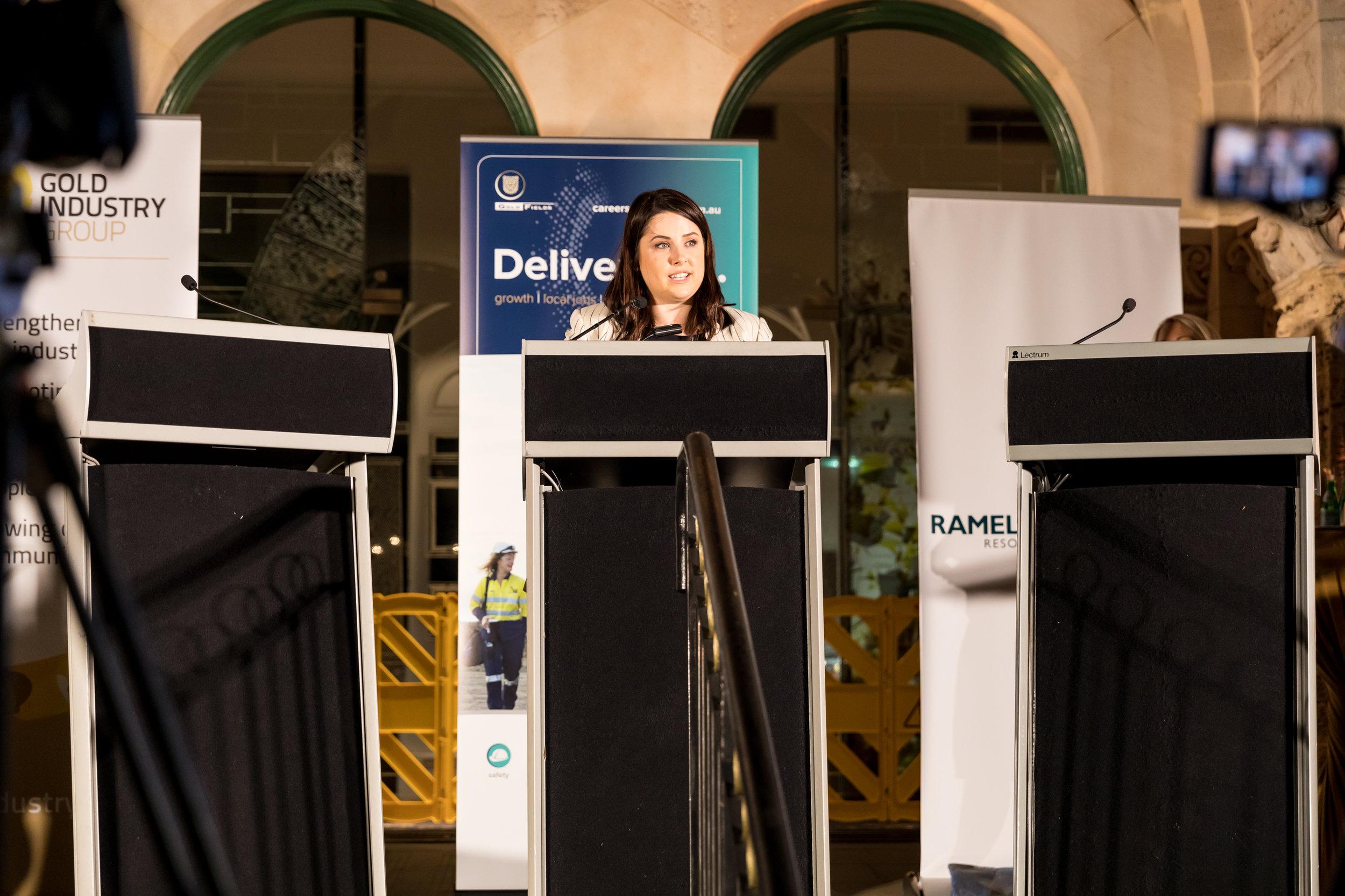 Great Debate Perth Mint High Res 1403.jpg