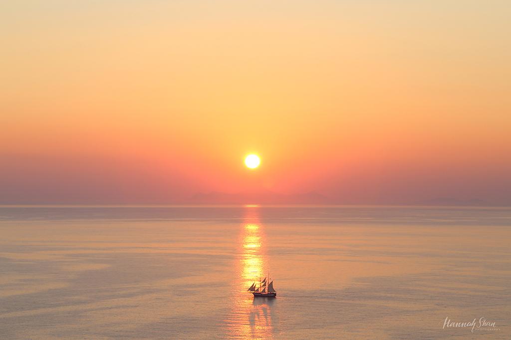 HannahShanPhotography-Travel-Naxos-Santorini-6.jpg