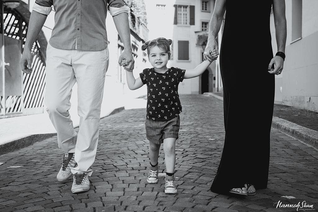 HannahShanPhotography_Lausanne_Family_T2_2.jpg