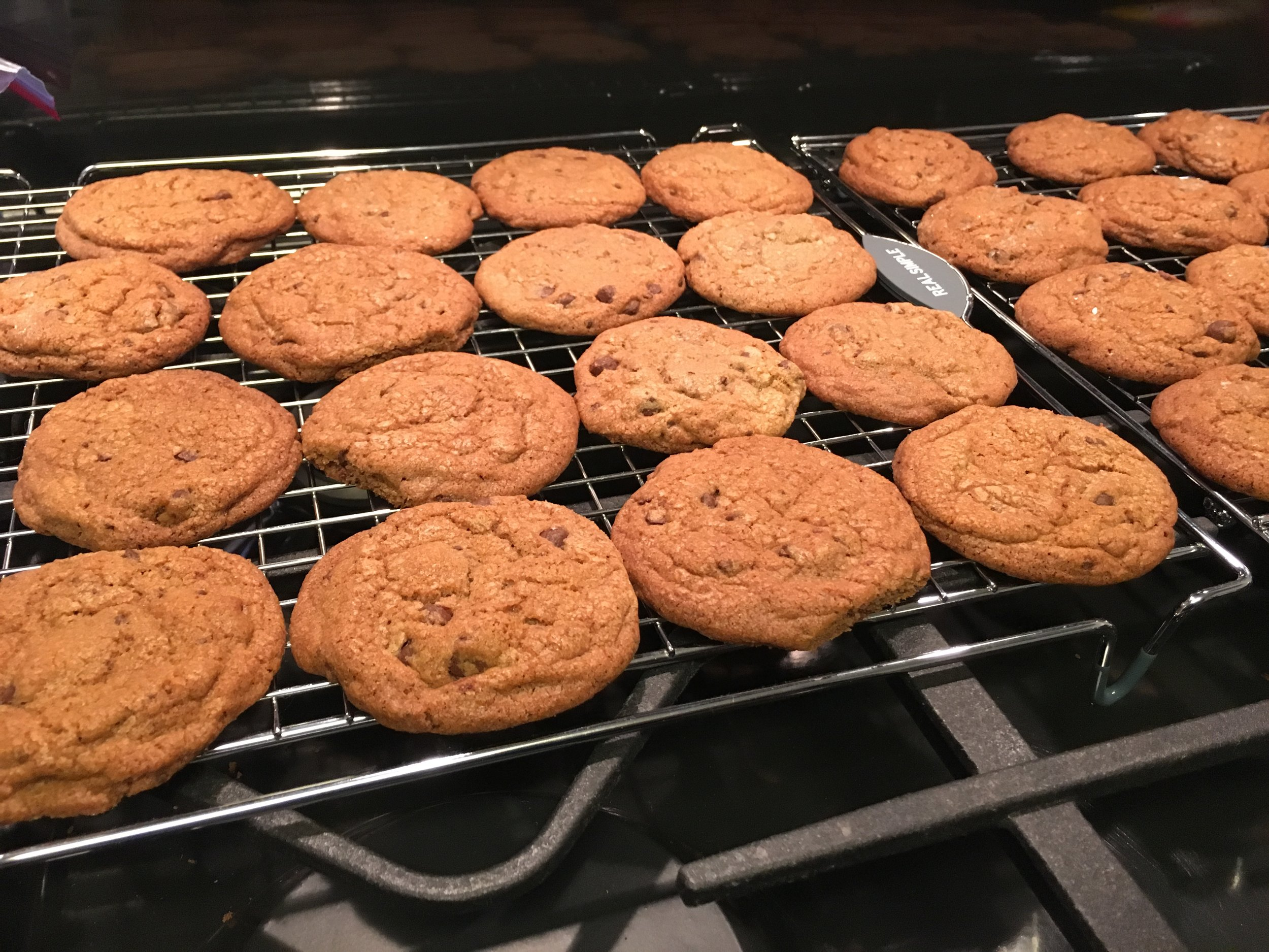 Rocky's CRUNCHY chocolate chip cookies with a sea salt dust - always loved @tatesbakeshop, but after perfecting this recipe, i totally love these more ;-)