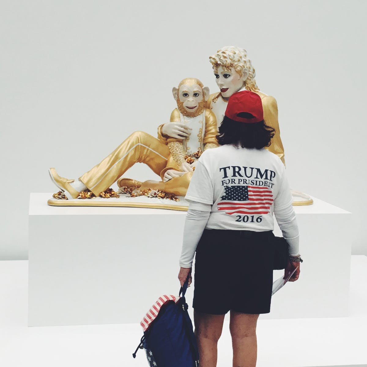 A Trump supporter views Jeff Koons's  Michael Jackson and Bubbles  (1988) at The Broad. Photo: Ben Schwartz