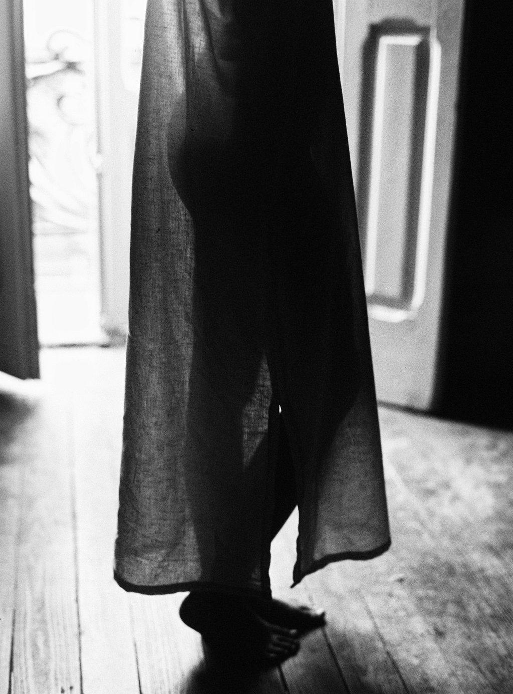 ©celine-chhuon-black-and-white-editorial (10).jpg