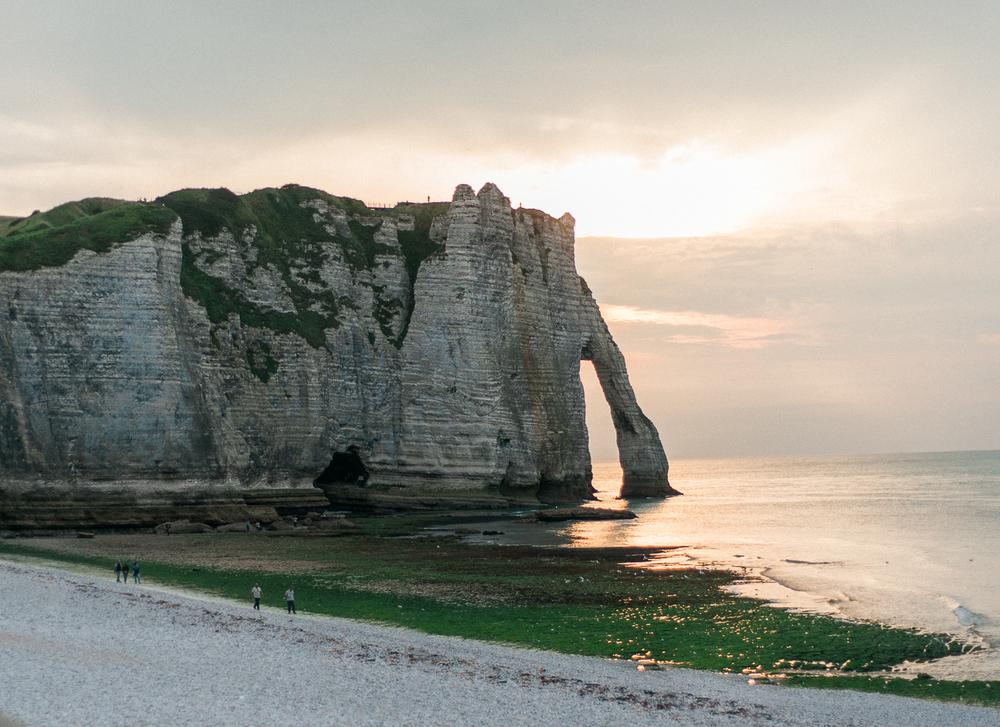 ©celine-chhuon-french-cliffs-bridal-editorial-13.jpg