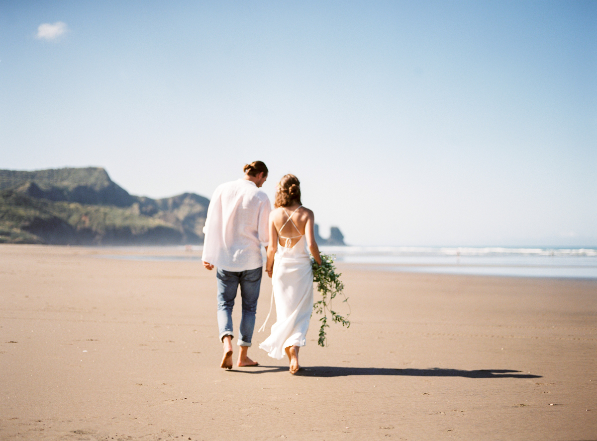 Beach engagement session in New Zealand