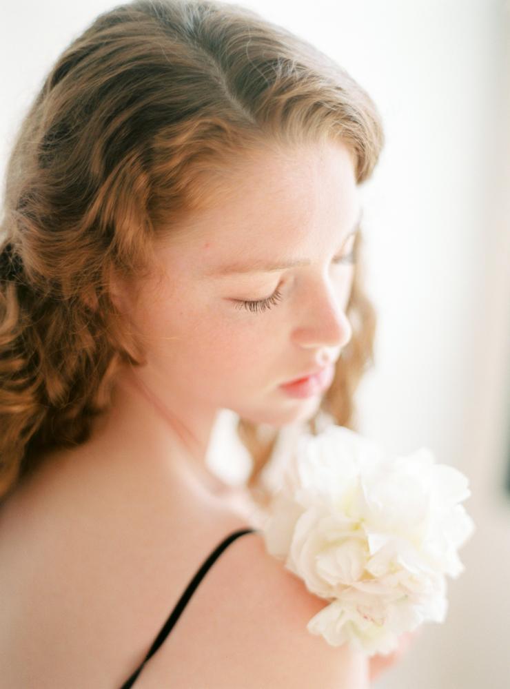 celine-chhuon-photography-boudoir-lace-atelier-wedding-lingerie (15).jpg