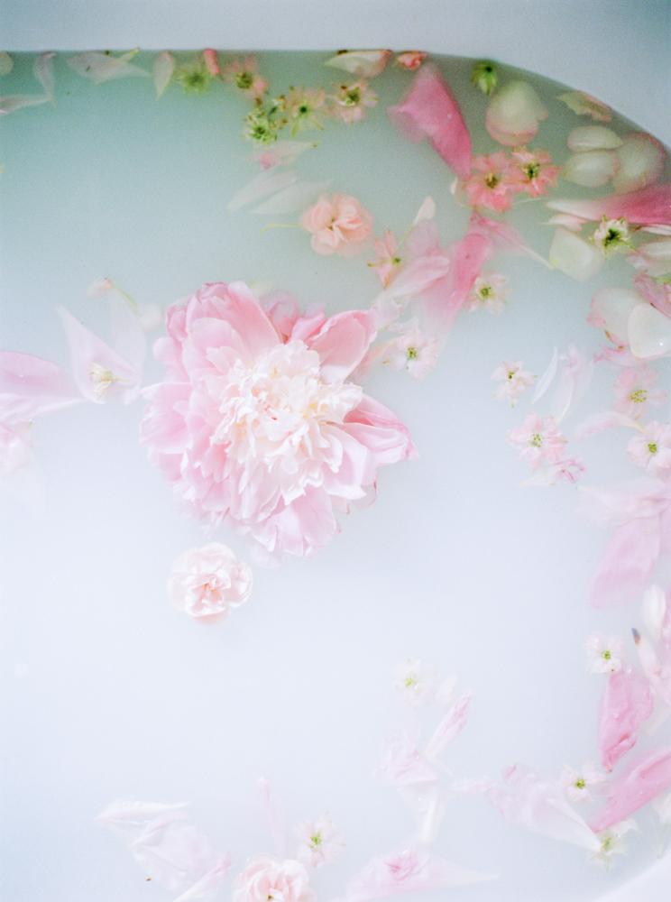 delicate-romantic-boudoir-session-celine-chhuon-violette-tannenbaum (41).jpg