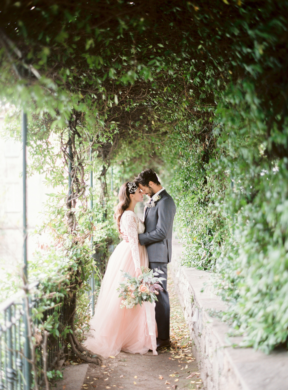 Italy wedding photographer in Lake Como