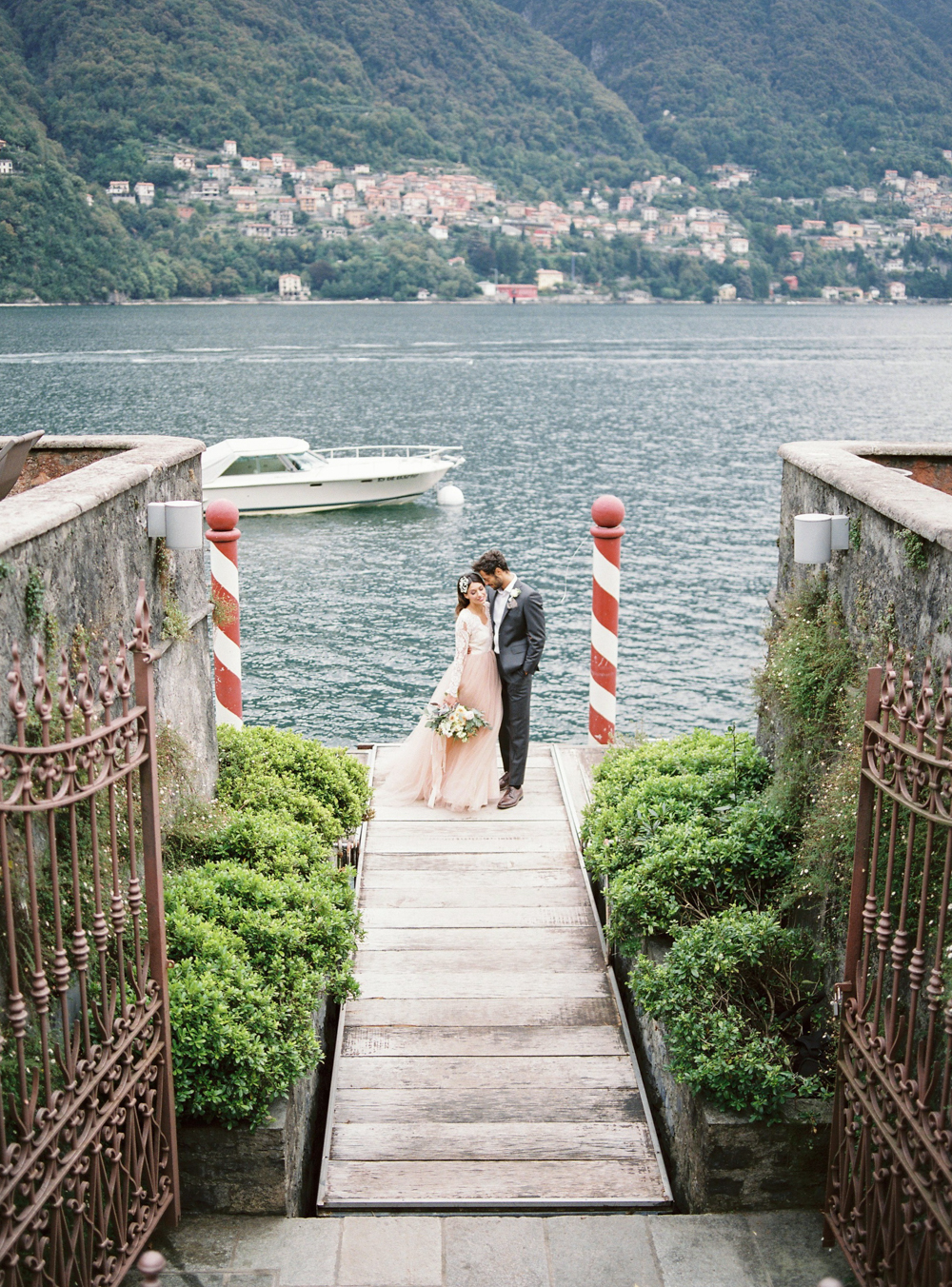 intimate wedding in Villa Teodolina Lake Como