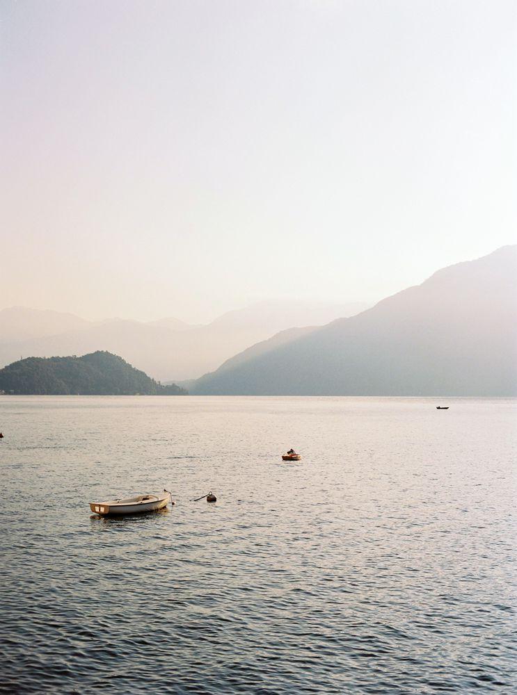 Sunset wedding in Lake Como