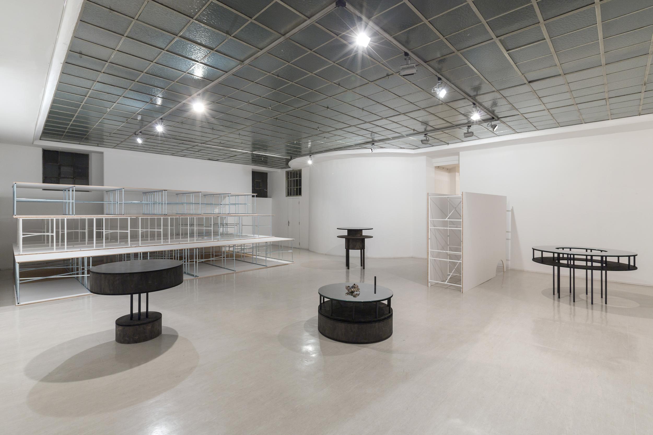 Georg Kargl Fine Arts, Ausstellungsansicht,Nadim Vardag, 2012/13.