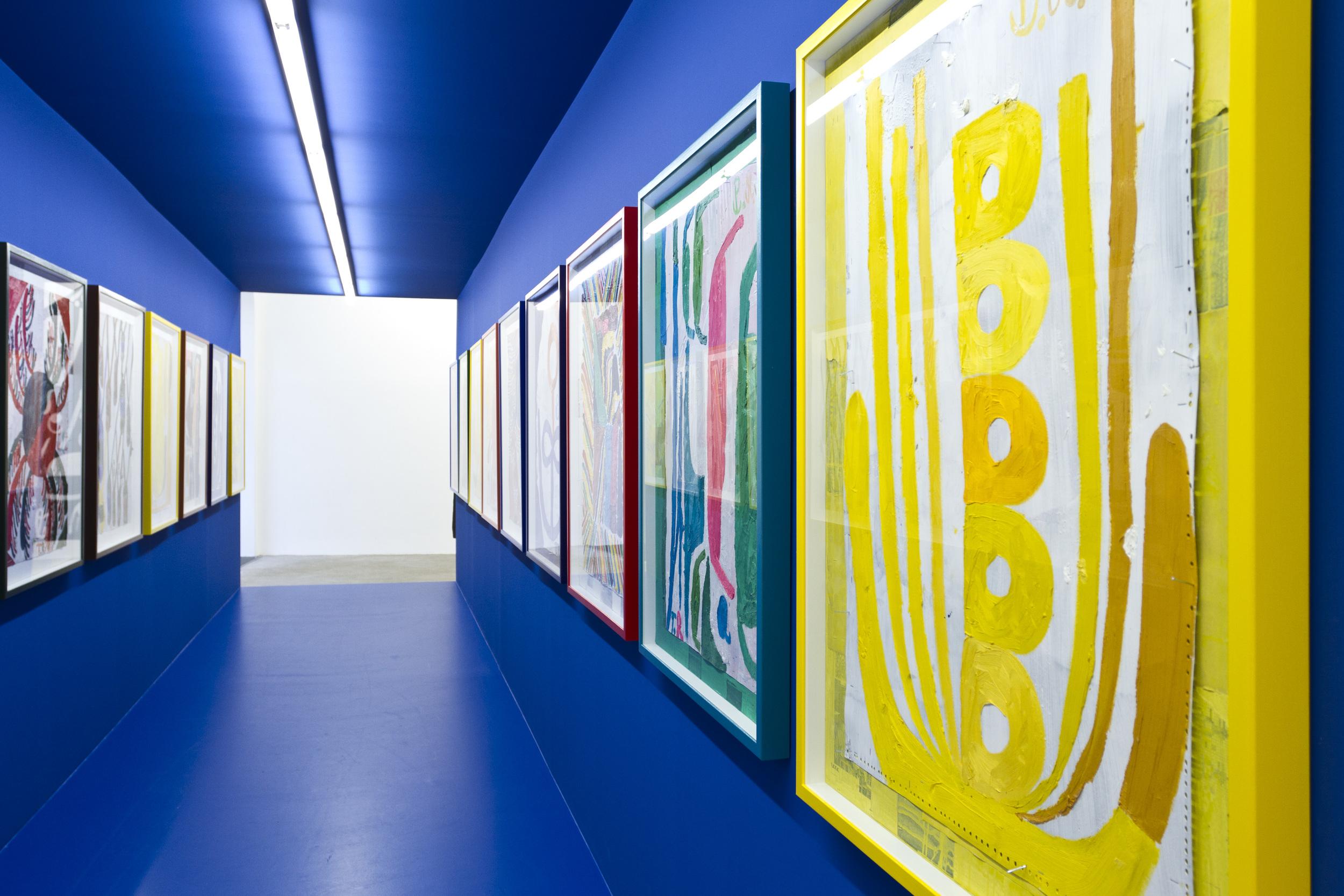 Galerie Elisabeth & Klaus Thoman, Ausstellungsansicht, Tal R, Fog over Malia Bay,  2013. Foto: Lena Kienzer.