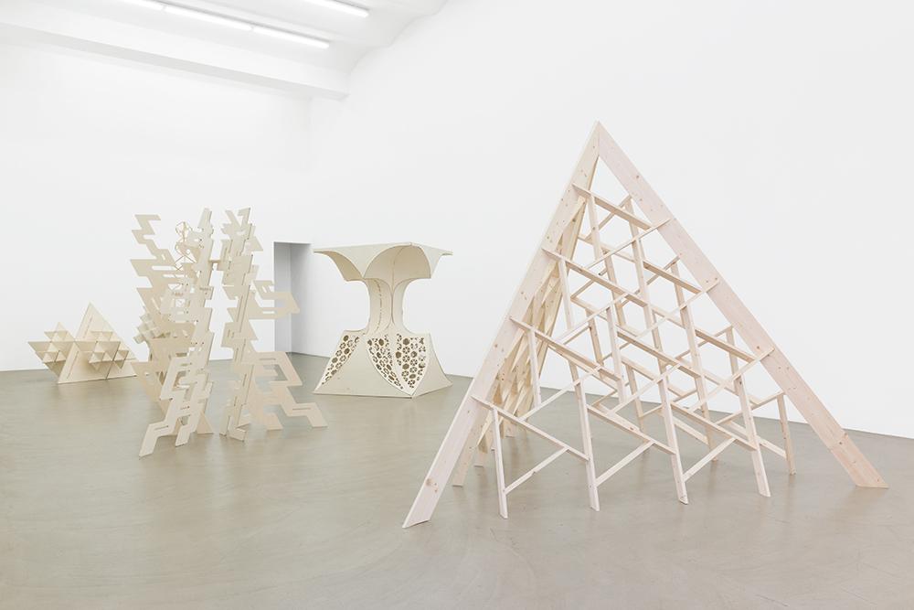 Exhibition View, Galerie Meyer Kainer, 2016, Photo: Galerie Meyer Kainer
