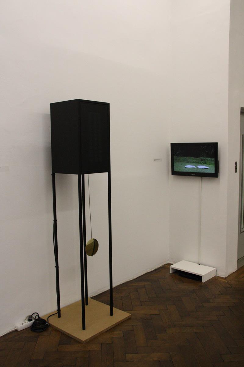 Sleepless Nights curated by_Abigail Solomon-Godeau, Exhibition View, Eric Vernhes, Juan José Herrera, 2014, Photo: Galerie Hubert Winter