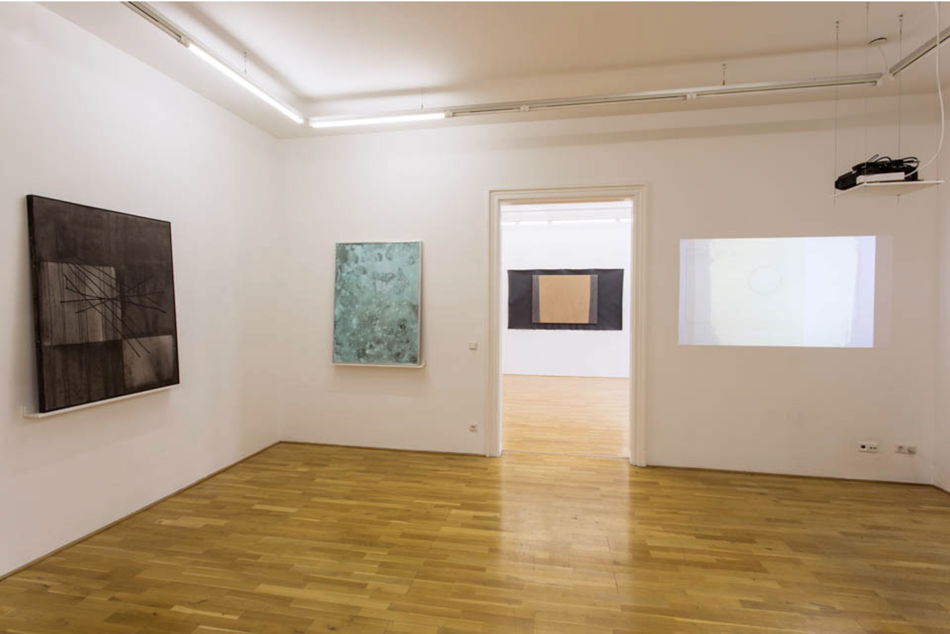 Exhibition View, Galerie Andreas Huber, Dress rehearsal, curated by_Franklin Melendez, 2013, Photo: Klaus Vyhnalek