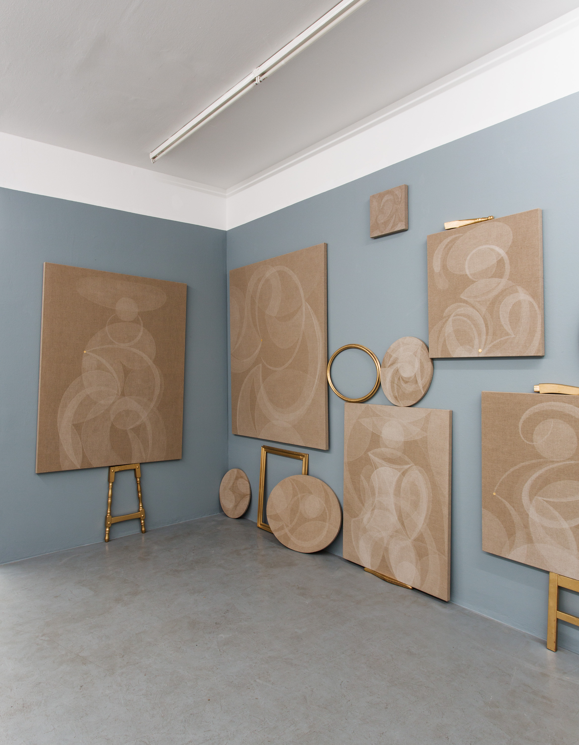 Exhibition View, Galerie Knoll, curated by_Lina Džuverović, 2013, Photo: Galerie Knoll