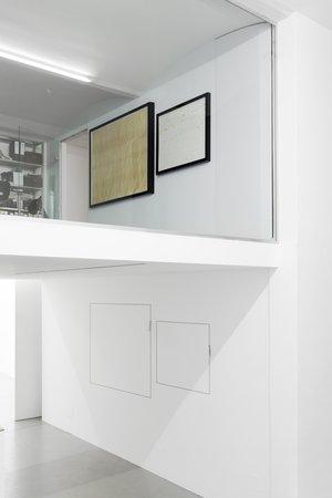 Exhibition View, Galerie Mezzanin, Filthy Rat, curated by_José Luis Blondet, 2012, Photo: Galerie Meezzanin