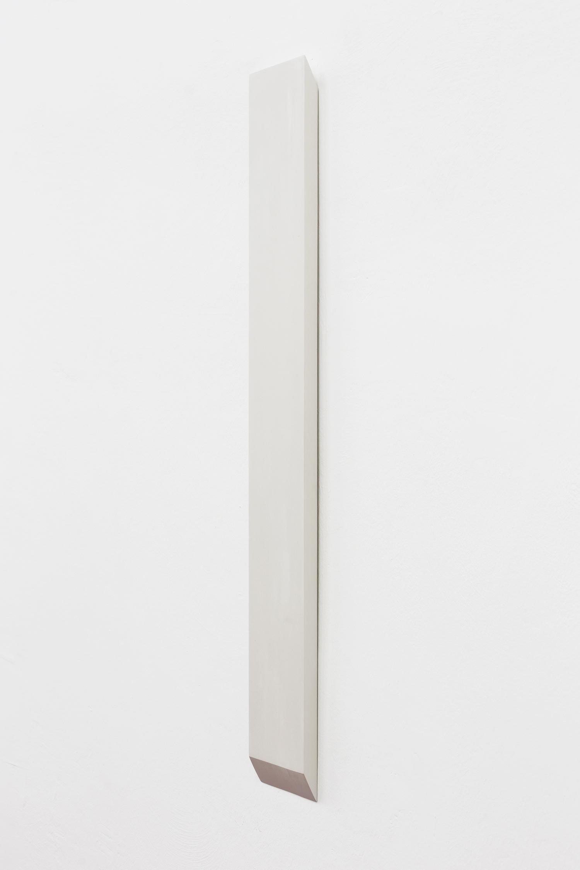 Formed Speech (study) 2016  Florian Pumhösl  Gypsum, 159 x 6 x 4 cm Courtesy of the artist and Meyer Kainer, Vienna   Photo: Elad Sarig