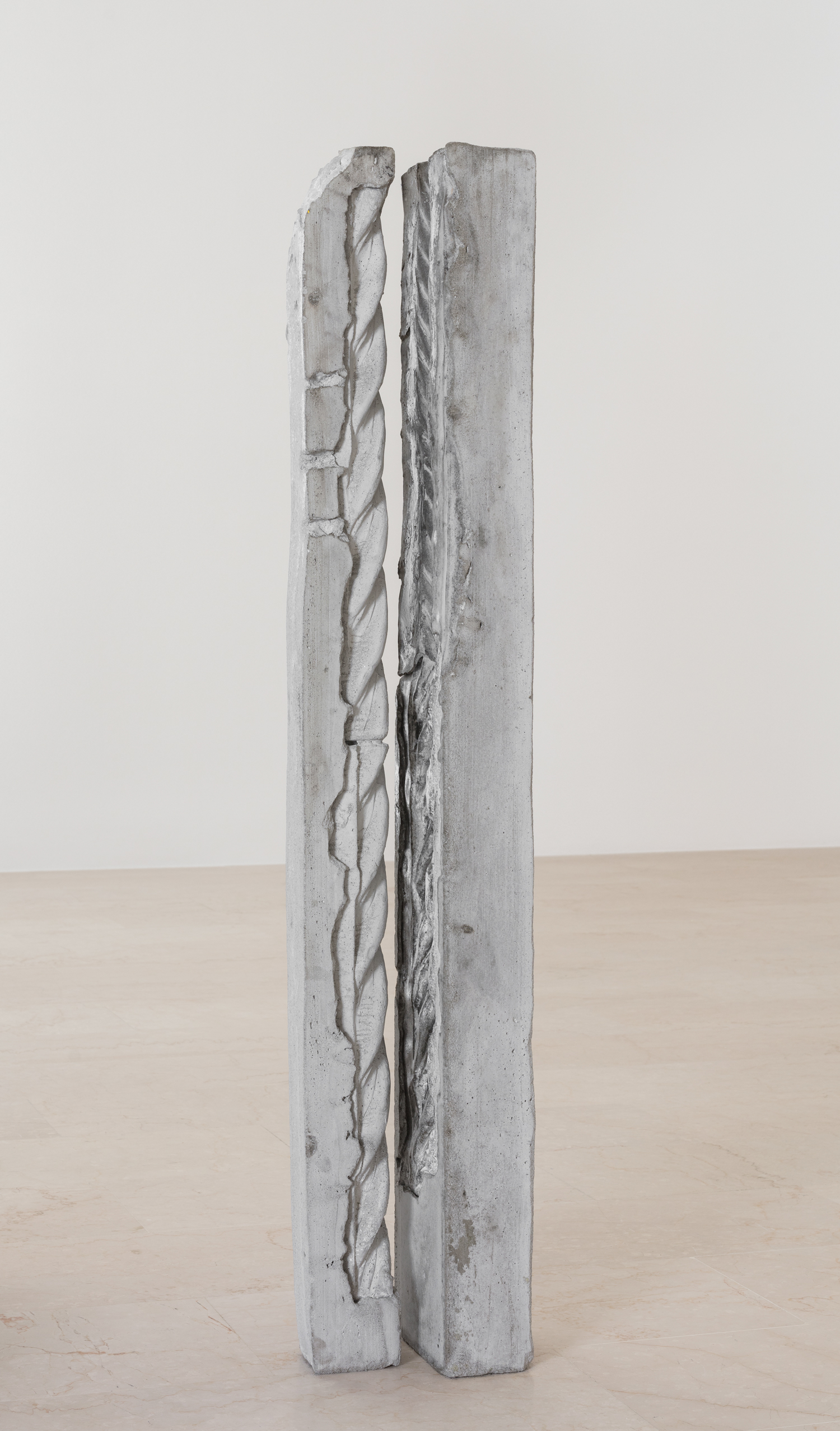 To be two 2018  June Crespo   Concrete 125 x 22 x 17 cm Courtesy of the artist and P420, Bologna   Photo: Carlo Favero