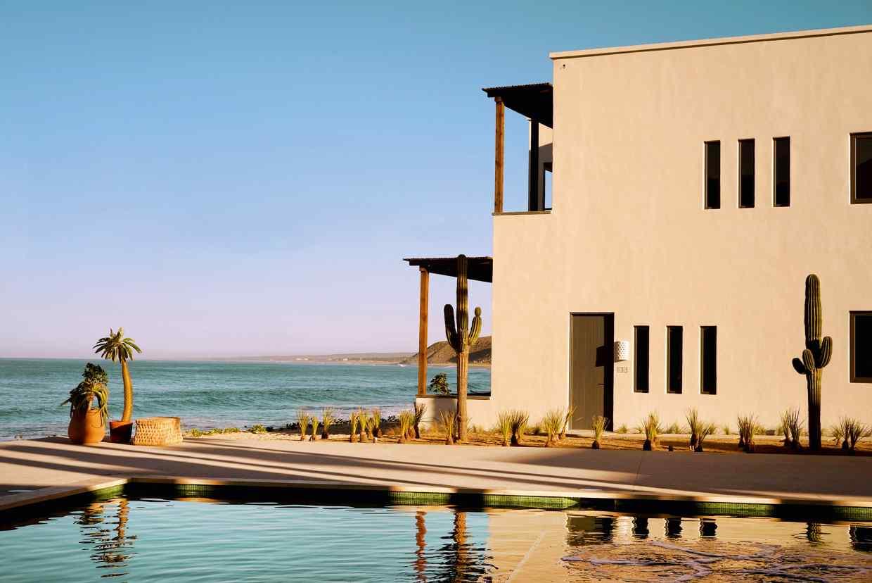 http-%2F%2Fs3-eu-west-1.amazonaws.com%2Ffthtsi-assets-production%2Fez%2Fimages%2F7%2F6%2F4%2F9%2F1239467-1-eng-GB%2FMexico2Hotel-San-Cristóbal-Punta-Lobos---Hotel-Exterior-x-Ocean---by-Pia-Riverola-1.jpg
