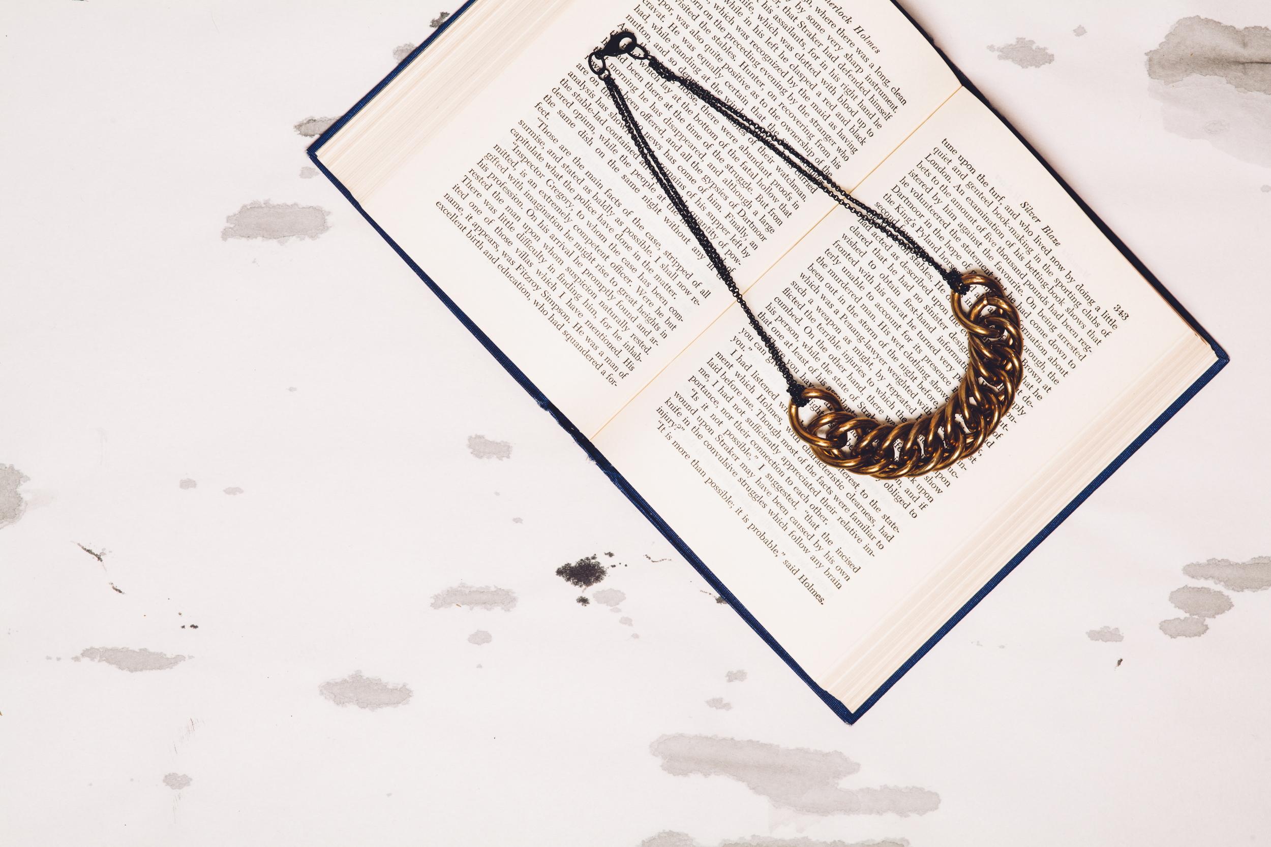 double chain collar