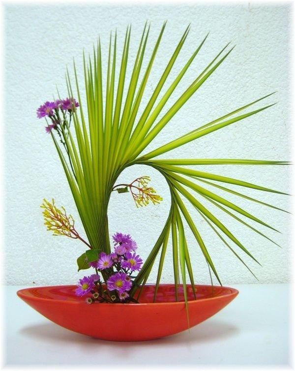 ikebana_flower_arrangement.jpg