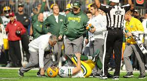 rodgers injury.jpg