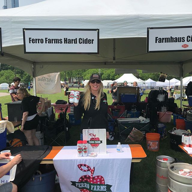 @chicagoalefest Summer fests have begun  @ferrofarmhardcider 🤗🤗🍎🍎🍏🍺🍺🍺
