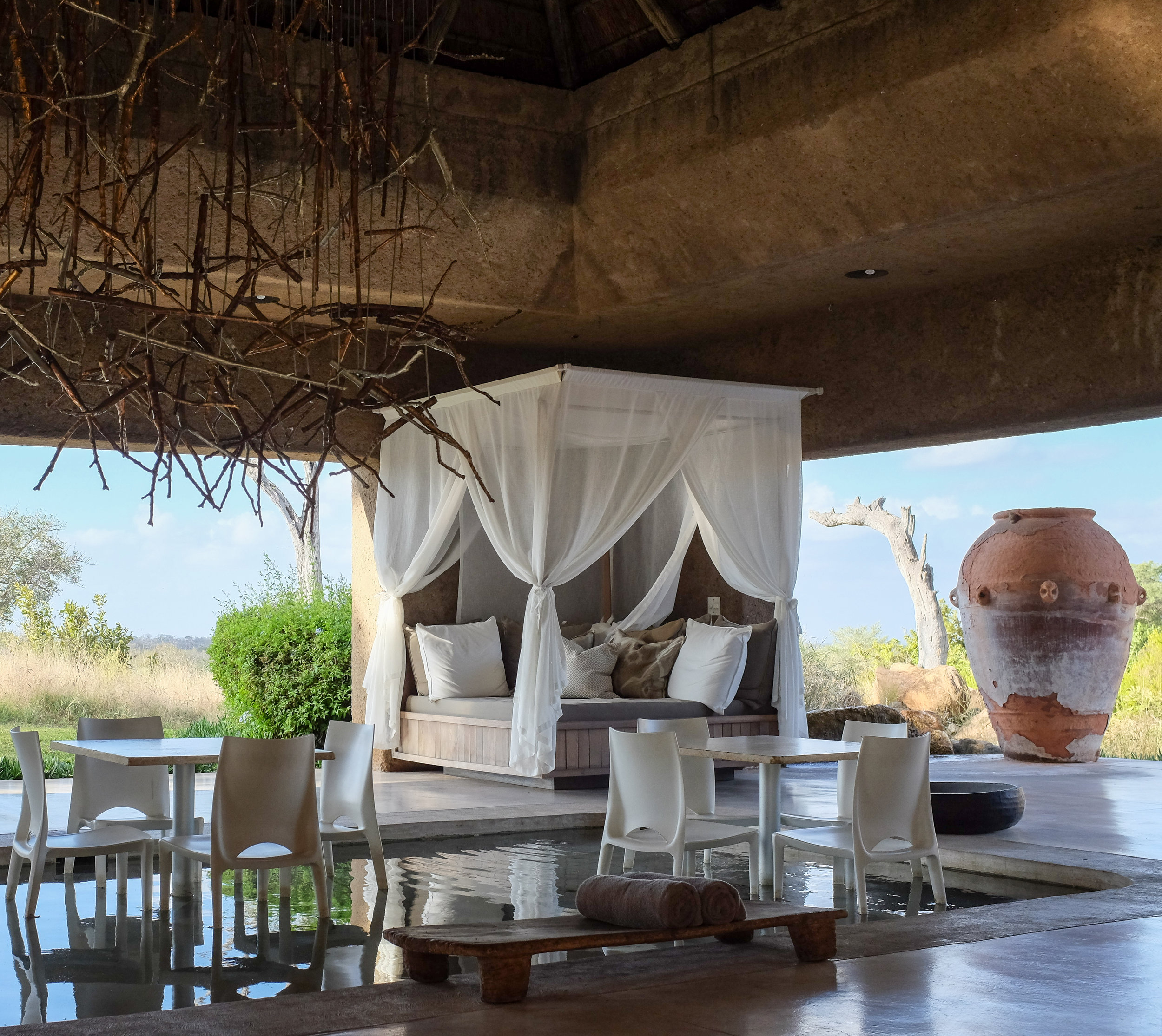 Earth Lodge / Sabi Sabi / South Africa