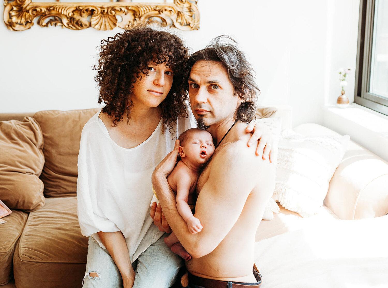 Single mom breastfeeding tania Coco Austin
