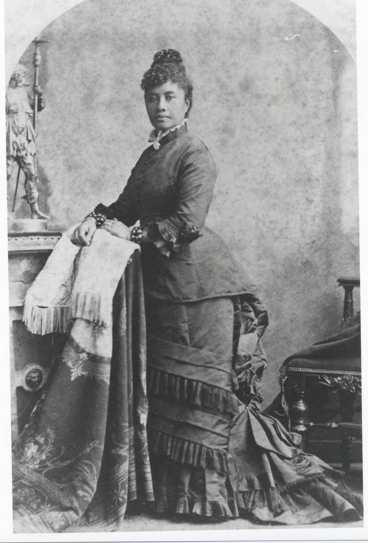 Princess Lili'uokalani of Hawaii in San Francisco Bradley and Rudofson.   Bishop Museum