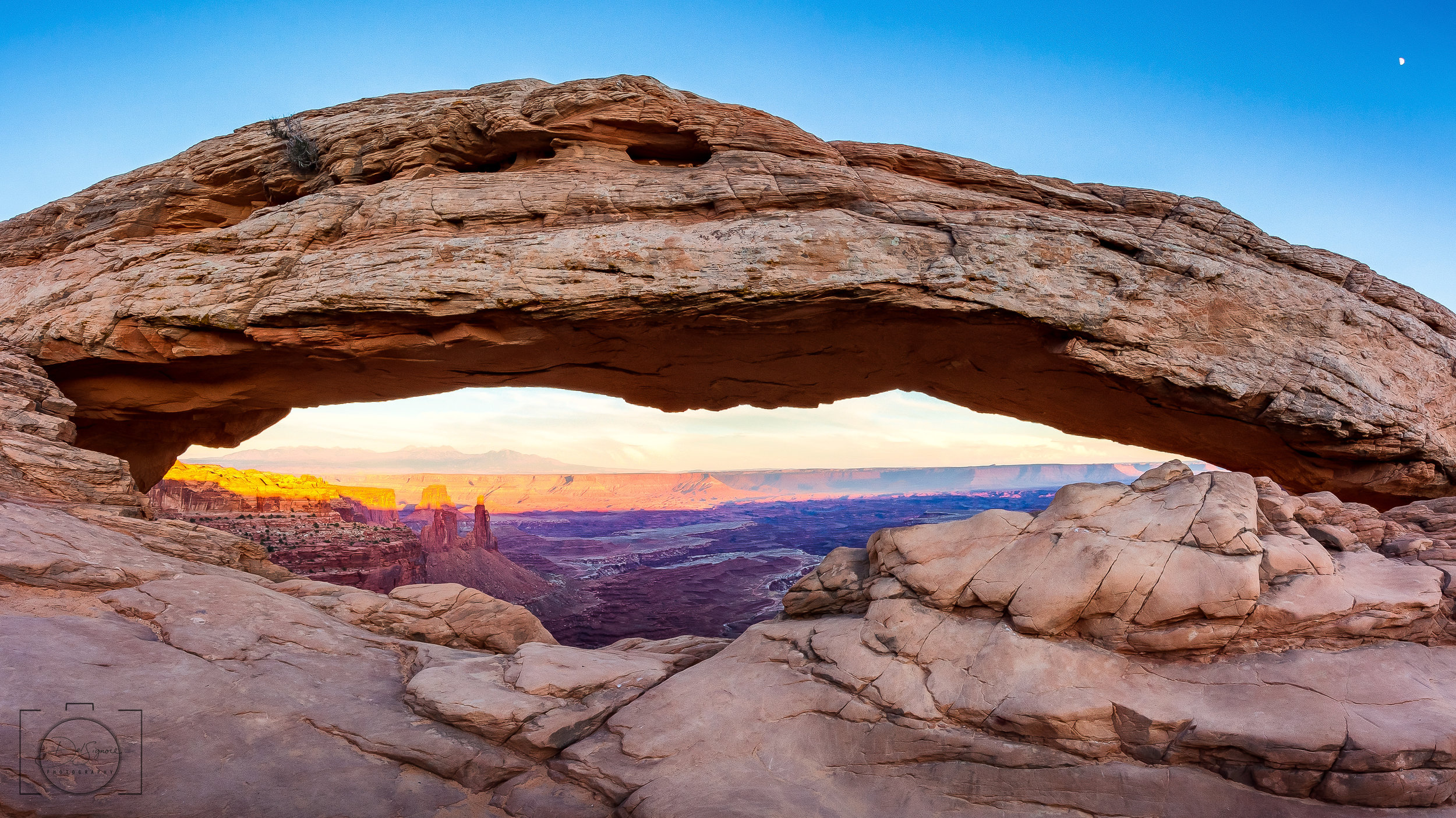 Moonrise at the Mesa Arch - Canyonlands National Park