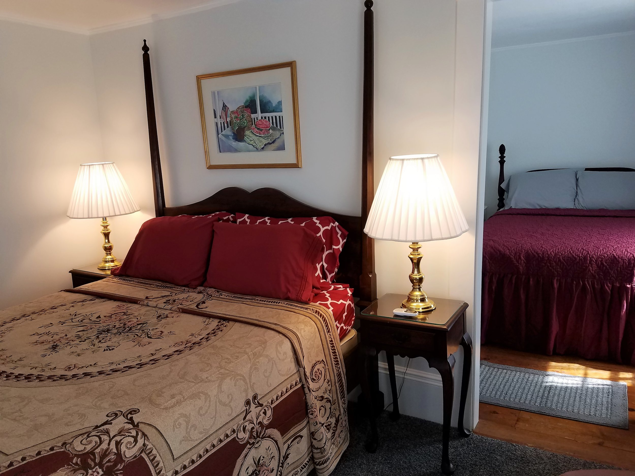 Picture of Seavey Suite. Fantastic for 2 Adults - Honeymoons - Birthdays -  Book Now