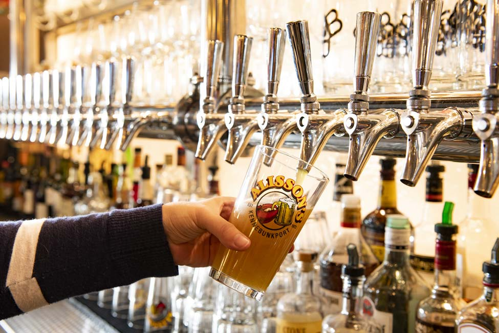 Picture of Alisson's Restaurant - Beer on Draft.