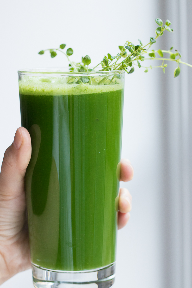 Lemon thyme green juice recipe