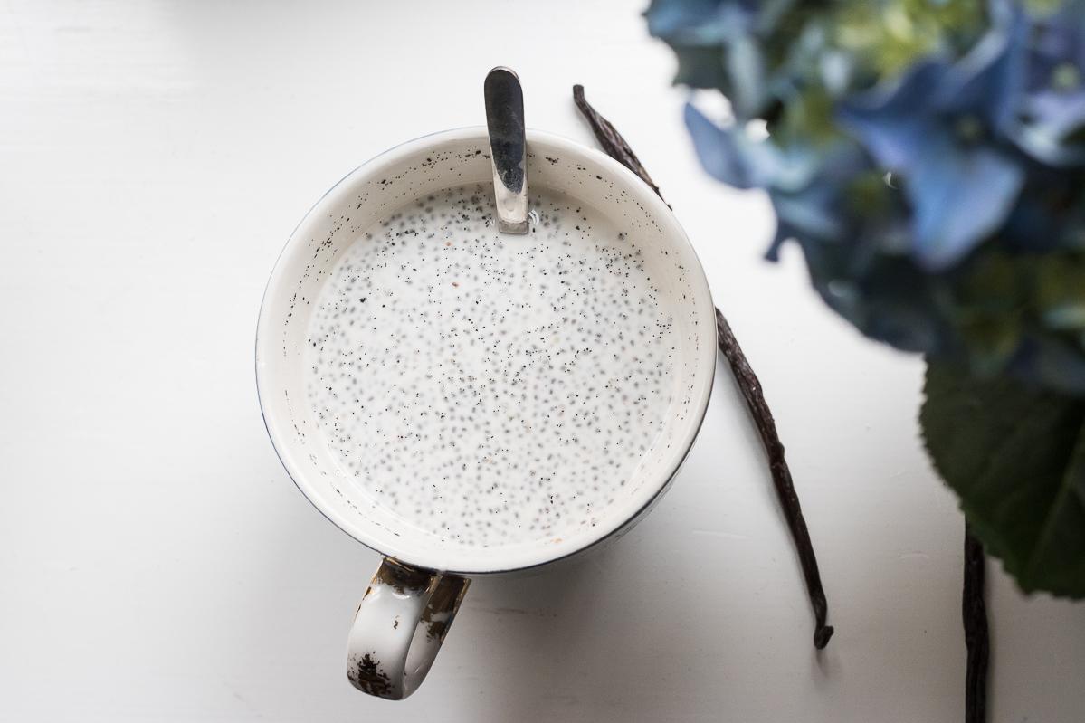 Vanilla bean chia pudding