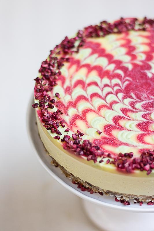 Pineapple twister swirl cake