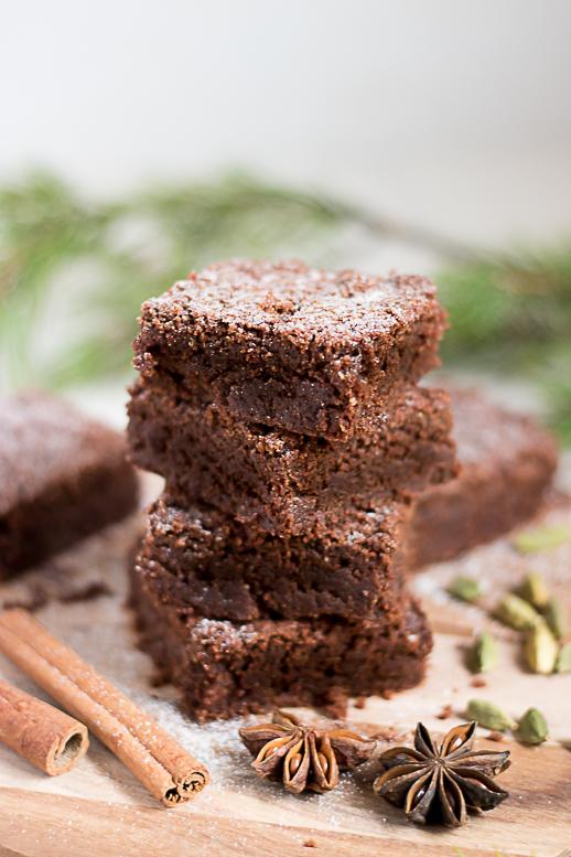 vegan Gingerbread brownie