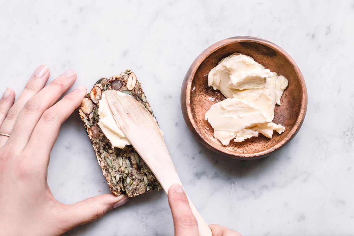 Glutenfritt bröd med nötter & frön