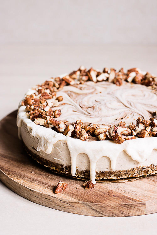 Raw+cinnamon+roll+cake+recipe2.jpg